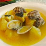 ジャガイモとタラのサフラン風味のスープ